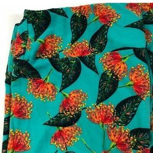 LuLaroe | Floral Tall & Curvy Leggings
